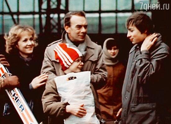 С Аллой Мещеряковой и Павлом Санаевым в фильме «Зонтик для новобрачных». 1986 г.