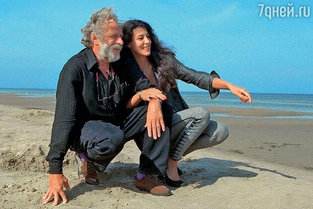 Пьер Ришар с подругой Айшей