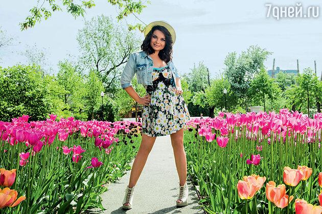 Наташа Королева на съемках клипа на песню «Абрикосовые сны»