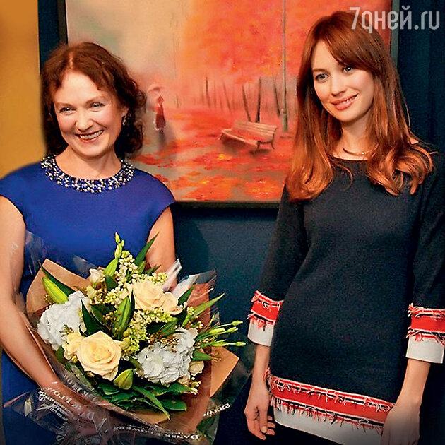 Ольга Куриленко с мамой