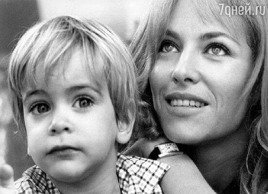 Натали Делон с сыном Энтони