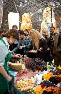 Из какого винограда готовится просекко — обо всем этом рассказали признанные знатоки итальянской кухни и виноделия