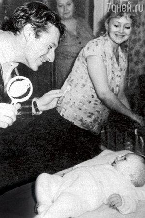 Сергей Колосов и Людмила Касаткина с сыном Алексеем