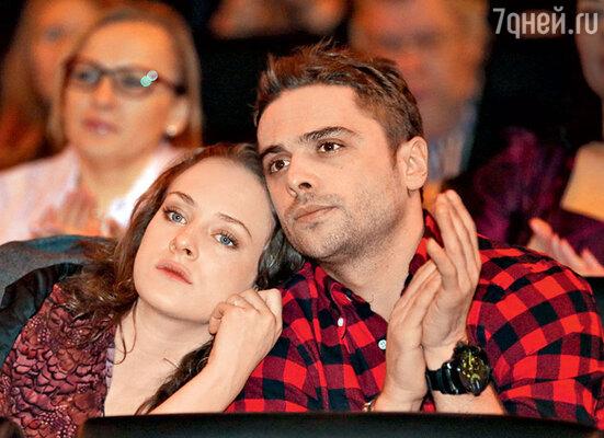 Аглая Тарасова иее возлюбленный ИльяГлинников