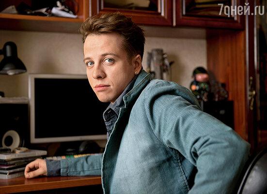 После спектакля Люда Соловьева прислала открытку: «Миша, ты талантливый. Впрочем, у такого отца не мог родиться другой сын»