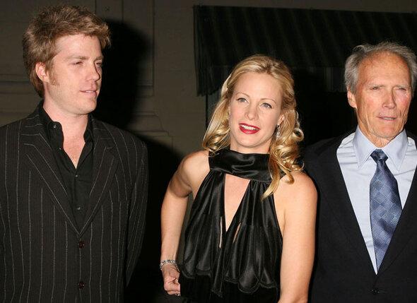 Иствуд с дочерью Элисон и сыном Кайлом