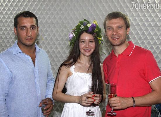 Арарат Кещан, Владимир Фекленко с женой