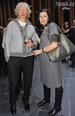 Аркадий Укупник с женой