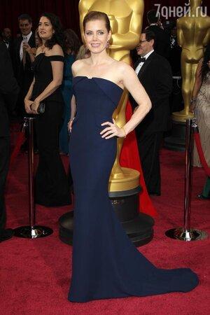 Эми Адамс на церемонии «Оскар-2014»