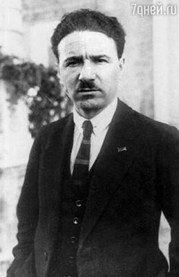 Борис Шумяцкий