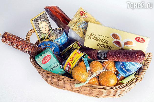 Праздничная корзина с деликатесами