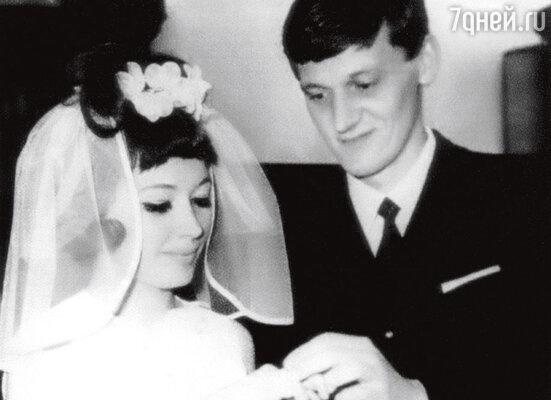 Свадьба с Миколасом Орбакасом. 1969 г.