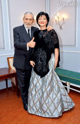 С Вахтангом Кикабидзе насъемках концерта «Песня года». 2005 г.