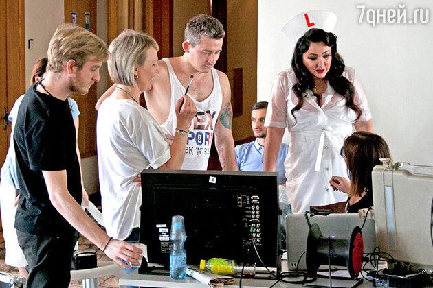 Лолита Милявская на съемках клипа на песню «Шпилька-каблучок»