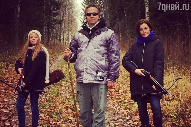 Иван Охлобыстин с женой Оксаной и дочерью
