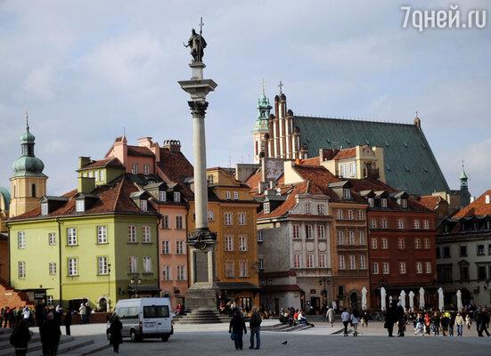 Пани Иоанна часто влюблялась,  но самой большой ее привязанностью всегда оставалась Варшава