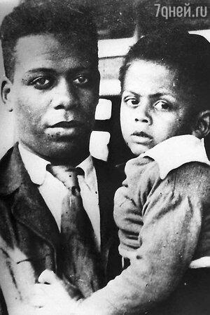Ллойд Паттерсон с сыном Джейсом