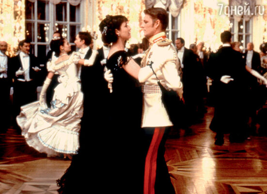 Шон Бин в роли Вронского в картине «Анна Каренина». С Софи Марсо