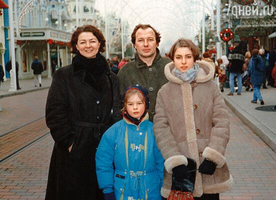 ������� ���������� �������� � ������� ���������. ���� � ������ � ������� ����� (������) � �����, 1998 ���