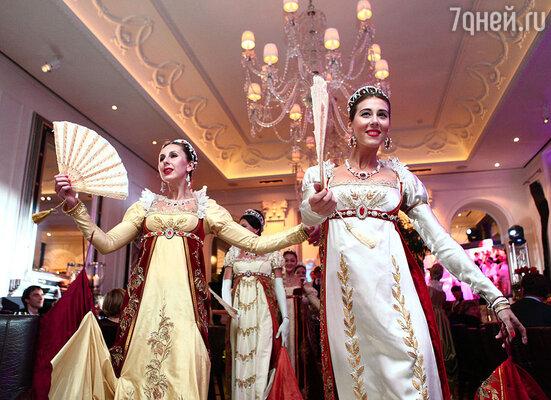 Впервые в стенах ресторана были исполнены лучшие отрывки из репертуара главного национального театра страны