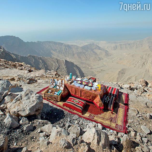 Гора Джебель Джаис в Рас-эль-Хайме