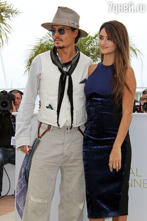 Пенелопа Крус и Джонни Депп в Венеции. 2013 год