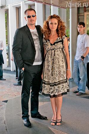 Виктория Исакова с мужем — режиссером Юрием Морозом