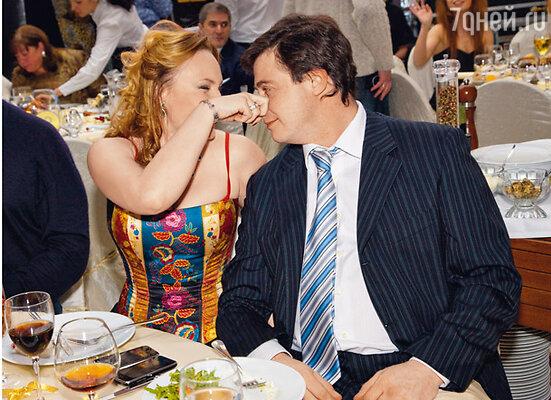 Соседка Буйновых Алла Довлатова с мужем Алексеем