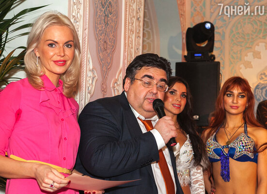 Политик Алексей Митрофанов выступил с поздравительной речью