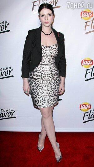 Мишель Трахтенберг на вечеринке бренда Lay's в 2013 году