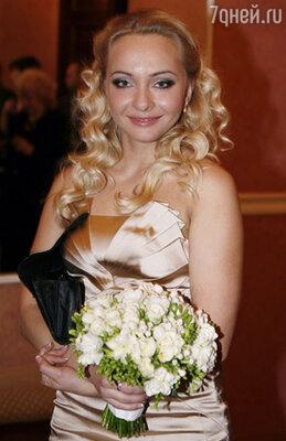 Подружка невесты -  Наталья Варвина