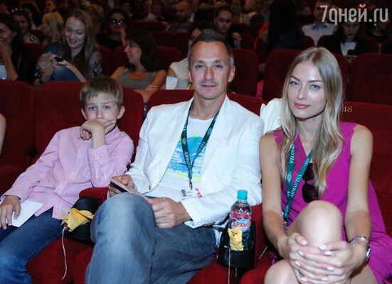 Степан Михалков с семьей
