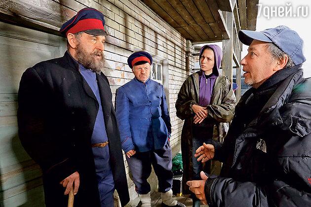 Сергей Урсуляк (справа)