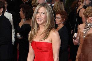 «Оскар-2013». Дженнифер Энистон: красное на красном