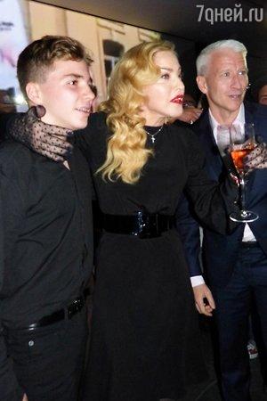 Мадонна с сыном Рокко