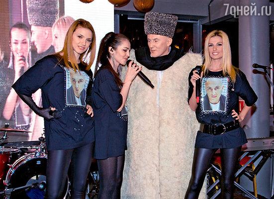 Группа «Фабрика» превратила своего продюсера в аксакала шоу-бизнеса