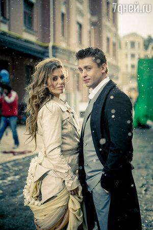 Виктория Боня и Дмитрий Даниленко в клипе «Тишина»