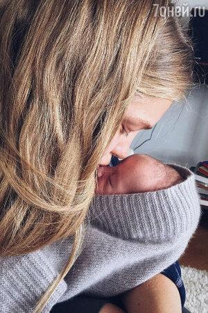 Наталья Водянова с сыном Романом