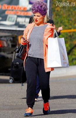 Келли Осборн обожает январский шопинг