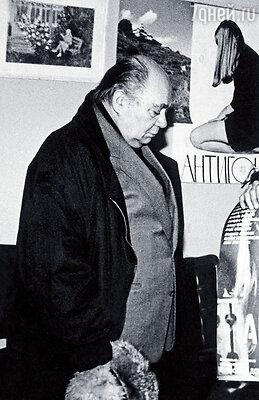 Маминым партнером в «Антигоне» был Евгений Леонов