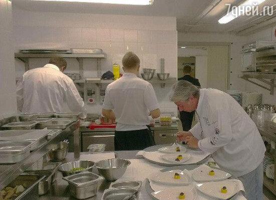 На один вечер меню знаменитого ресторана  пополнили специалитеты  современной русской кухни от шефа «Варваров»