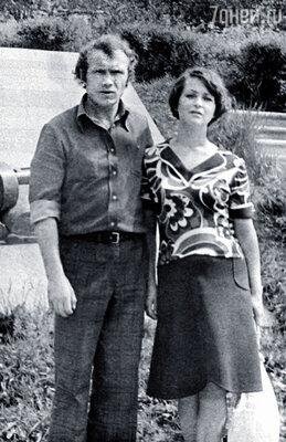 С первой женой Валентиной. Дочка Наташа уже в проекте
