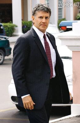 Адвокат семьи Траволты Майкл Макдермотт