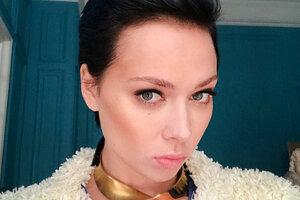 Настасья Самбурская стала лысой из-за подписчиков