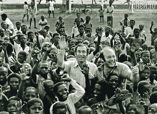 Во время поездки «Радионяни» с концертами в Африку произошел второй случай нашего с Лифшицем чудесного спасения...