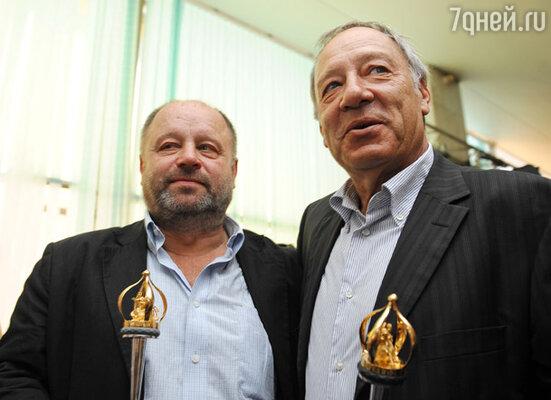 Актер Владимир Ильин, получивший приз в номинации «Лучшая мужская роль», и режиссер Александр Прошкин, получивший специальный приз фестиваля за фильм «Чудо»