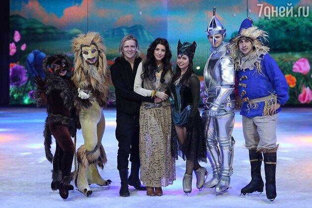 В городе Утрехт супруги побывали на репетициях новогоднего ледового арена-шоу «Волшебник страны OZ»