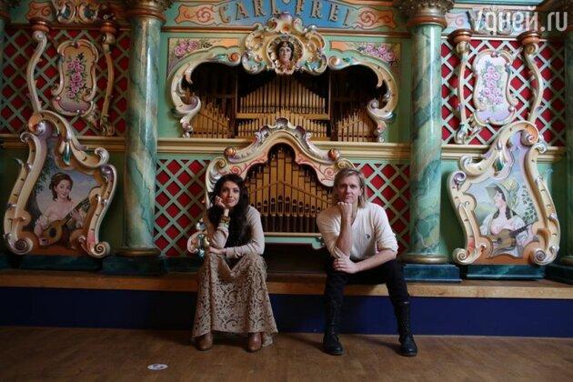 Настя и Глеб посетили музей старинных музыкальных инструментов