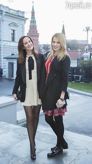 Женя Малахова с сестрой Вероникой