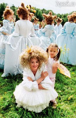С дочкой на съемках фильма «Андерсен. Жизнь без любви»